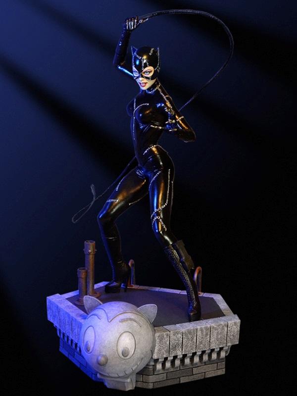 Batman Returns Catwoman Maquette